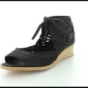 Jeffrey Campbell laser cut wedge